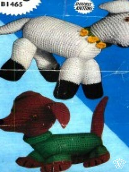 Vintage Dachshund Wiener Dog And Toy Lamb To Knit